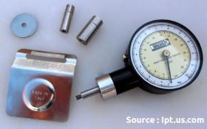 test de fermeté: pressuromètre